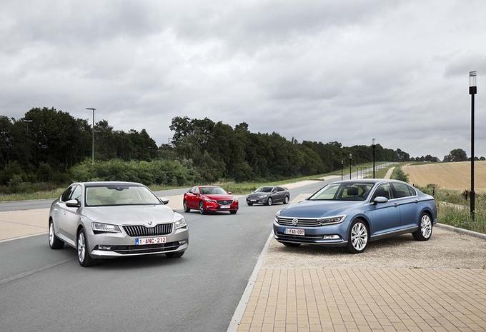 Ford Mondeo 2.0 TDCi 180, Mazda 6 SkyActiv-D 175, Skoda Superb 2.0 CRTDI 190 et Volkswagen Passat 2.0 TDI 190 #1