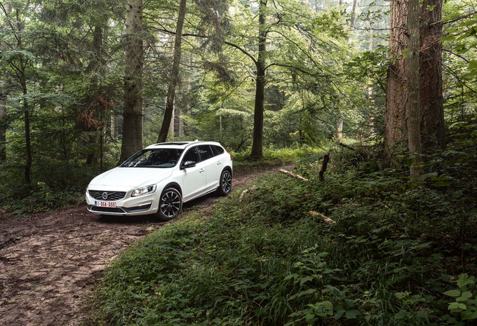 VOLVO V60 D4 AWD CROSS COUNTRY : Overbruggingskrediet #1