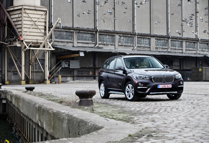 BMW X1 18d A : Helemaal anders #1