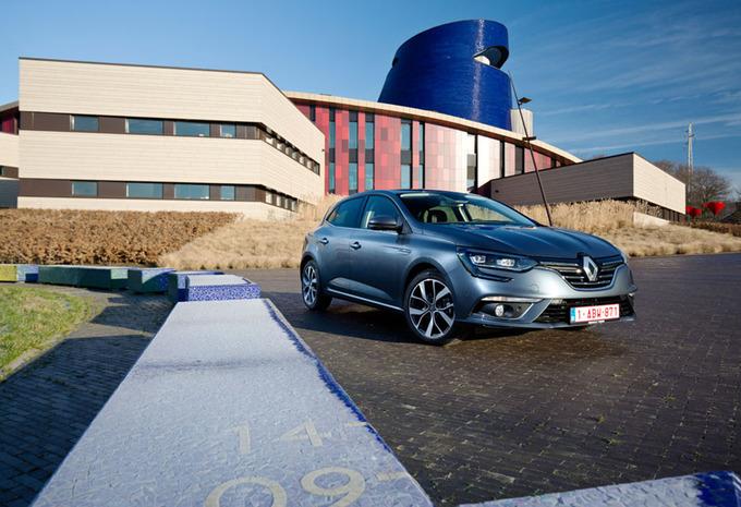 Renault Mégane dCi 110 EDC : Tout en style #1