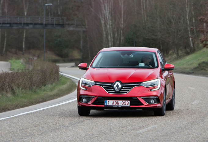 Essai renault m gane 1 6 dci 130 2016 moniteur automobile - Essai megane coupe dci 130 ...