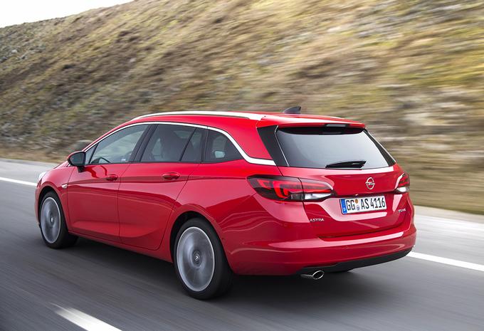 Opel Astra Sports Tourer 1.6 CDTI BiTurbo (2016) #1