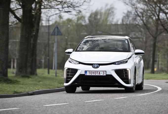 Toyota Mirai : De brandstofcelauto op de rooster #1