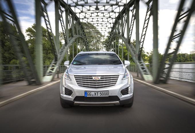 Cadillac XT5 (2016) #1