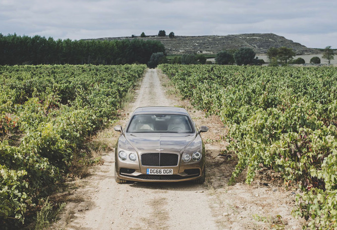 Bentley Flying Spur V8 S : Le moyen terme #1