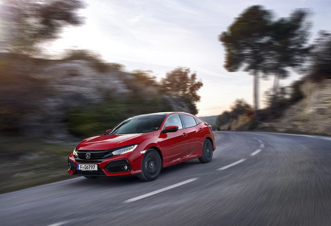 Honda Civic 1.0 i-VTEC Turbo (2017) #1
