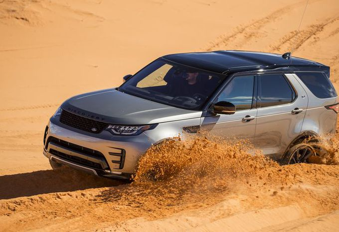 Land Rover Discovery V : rock star & people mover #1