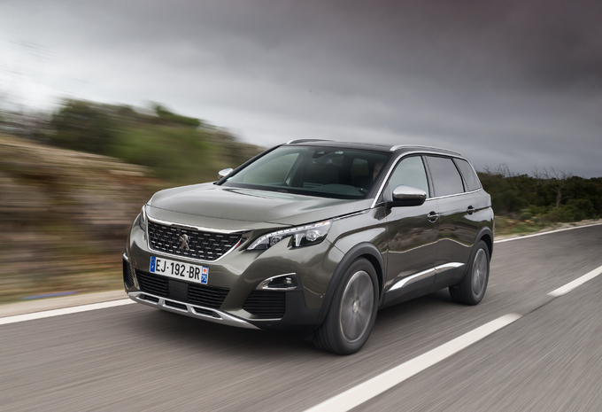 Peugeot 5008 1.6 THP (2017) #1