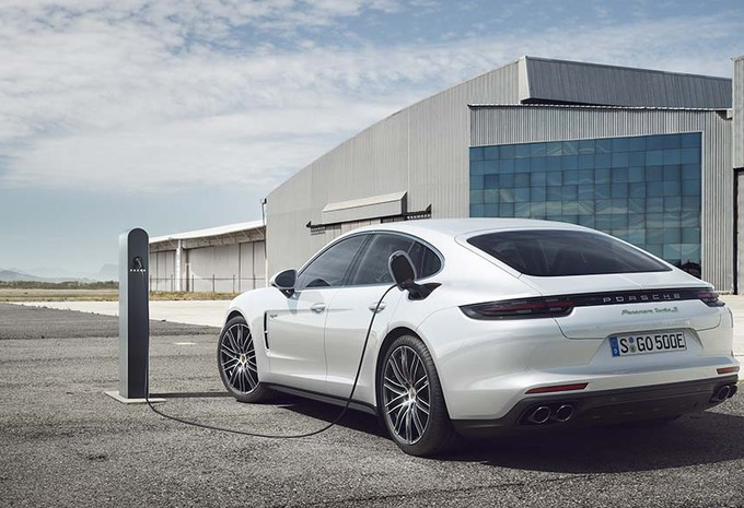 Porsche Panamera Turbo S E-hybrid : La 918 des familles #1