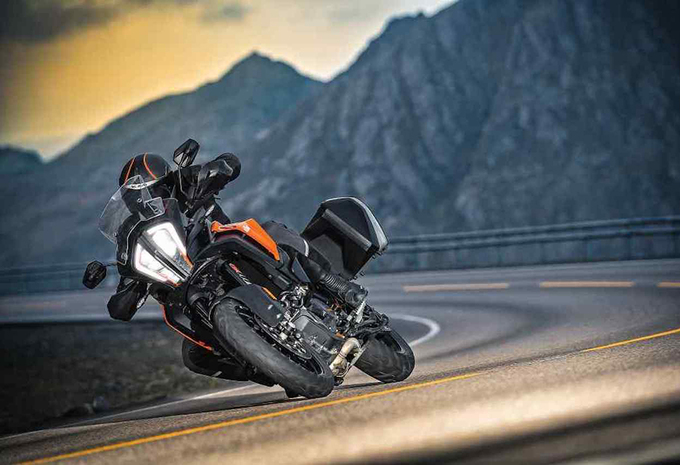 KTM 1290 Super Adventure S (2017) – motortest #1