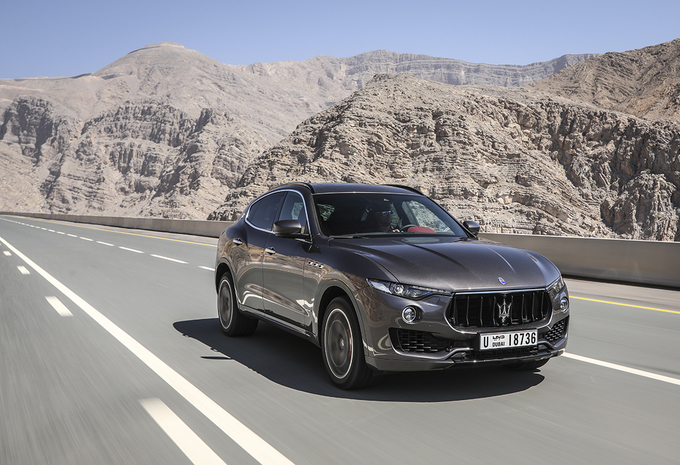essai maserati levante s 2018 moniteur automobile. Black Bedroom Furniture Sets. Home Design Ideas