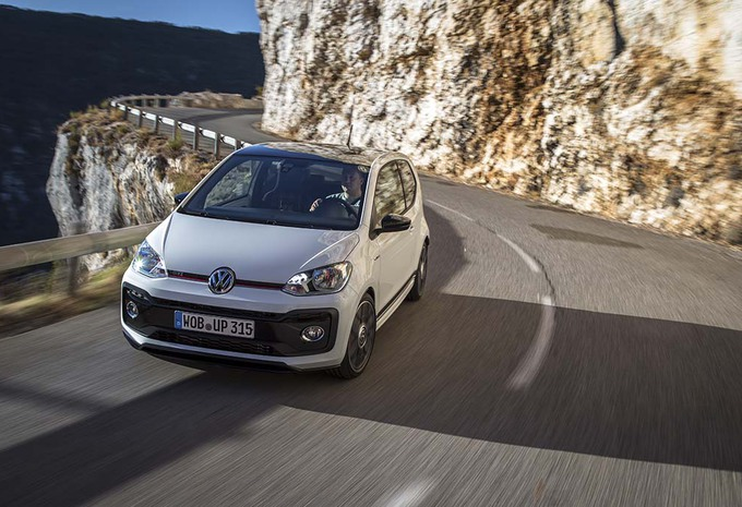 test volkswagen up gti 2018 fun up autogids. Black Bedroom Furniture Sets. Home Design Ideas