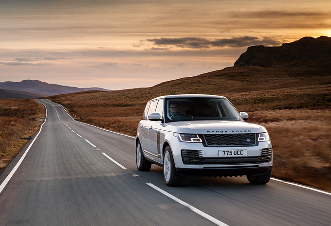 Range Rover P400e Plug-in Hybrid (2018) #1