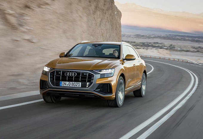 essai audi q8 le q version sport 2018 moniteur automobile. Black Bedroom Furniture Sets. Home Design Ideas