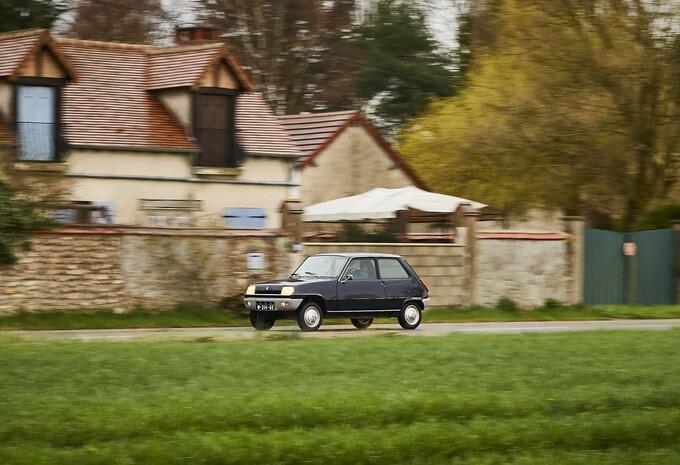 AutoWereld test 120 jaar Renault (slot): de R5 TL (1977) #1