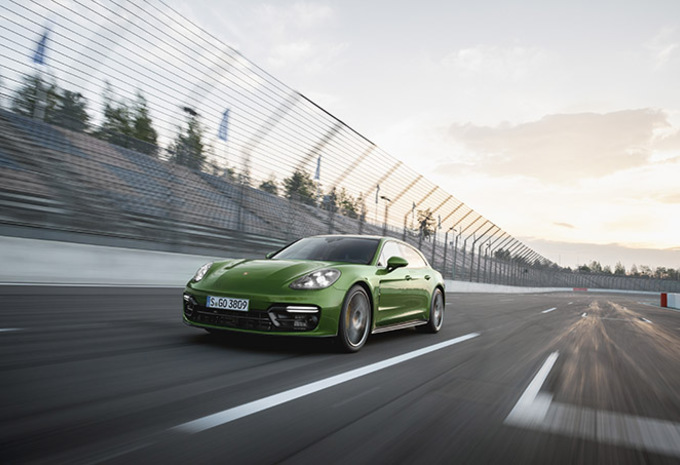 Porsche Panamera GTS: Pure sportlimousine   #1