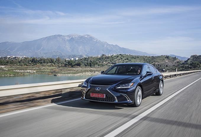 Lexus ES 300h: Comfortmobiel #1