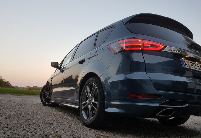 Ford S-Max 2.0 EcoBlue 240 ST-Line (2019) #1