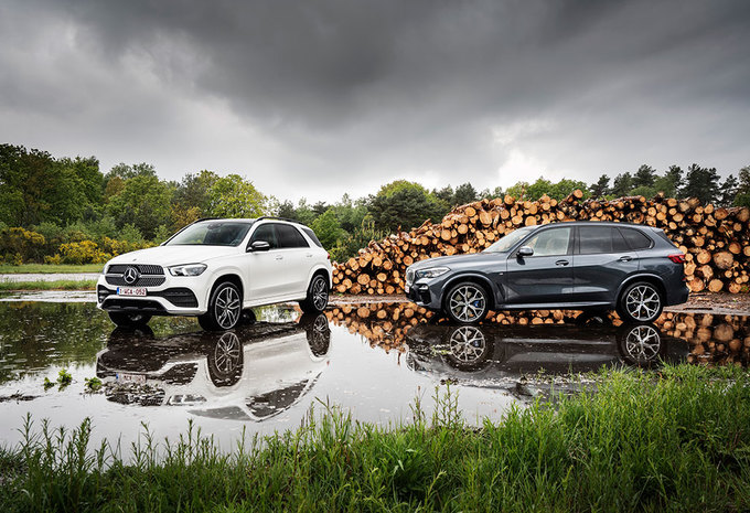 BMW X5 XDRIVE30D // MERCEDES GLE 300 D 4MATIC: chief executive vehicle #1