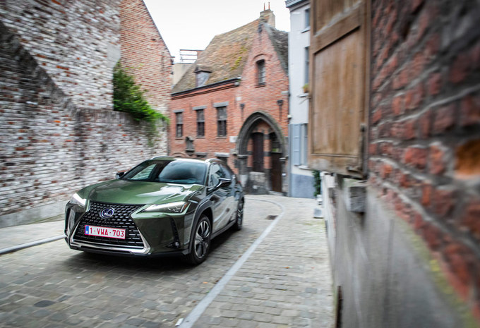 Lexus UX 250h : l'alternative hybride #1