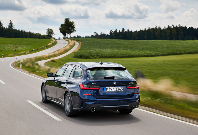 BMW 330d xDrive Touring (2019) #1