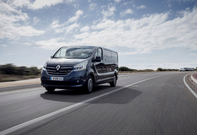 Renault Trafic SpaceClass Blue dCi 170 EDC (2020) #1